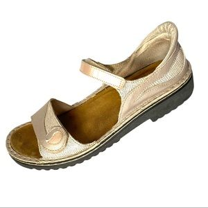 Naot Beige Leather Comfort Sandals size 39 (US 8.5